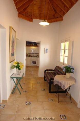 Tenerife-Icod de los Vinos-Chauffeurhaus-private accommodation in Tenerife