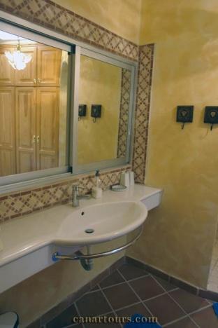 Tenerife-Guia de Isora-Casa Romantica-private accommodation in Tenerife